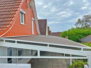 Alumaximal Terrassendach mit Aufdachmarkise